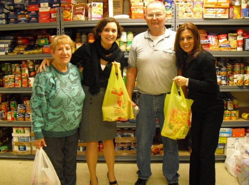 Thanksgiving food donation